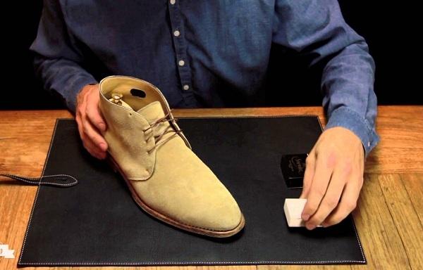 Làm sạch mọi doi giày theo cach don gian