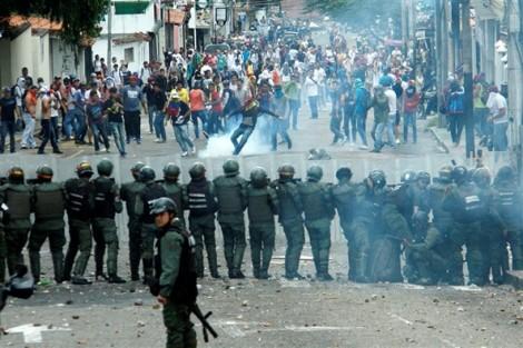 Cuộc khủng hoảng Venezuela chưa có dấu hiệu lắng dịu