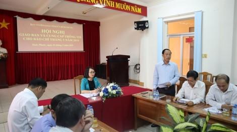 Chờ UBND tỉnh Bình Phước chỉ đạo vụ lớp học 'đấu lưng' tìm con chữ