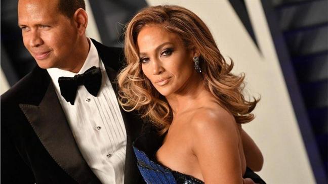 Jennifer Lopez da san sang 'deo gong' lan 4
