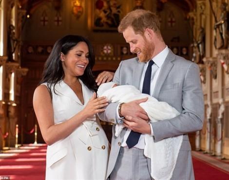 Giải mã tên gọi của tiểu hoàng tử nước Anh