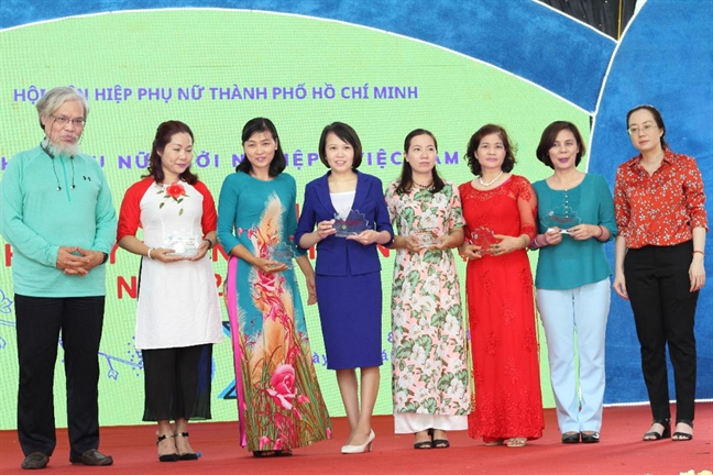 Uom mam  nhung y tuong khoi nghiep