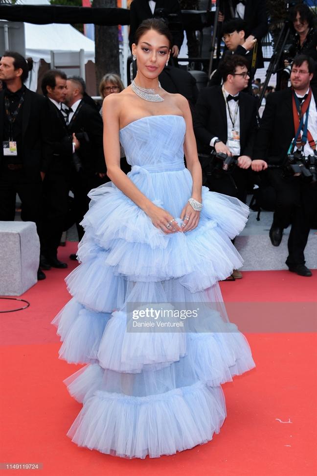 Ruc ro sac mau tham do khai mac 'LHP Cannes 2019'