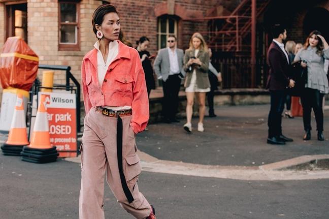 2 nguoi mau Viet duoc Vogue dua vao top sao mac dep tai Tuan le Thoi trang Sydney