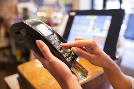 Không có xáo trộn khi chuyển 21 triệu thẻ từ ATM sang thẻ chip