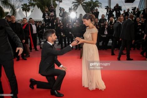 Thảm đỏ Cannes 2019 ngày thứ 6: Cầu hôn, đùa với... vòng ba