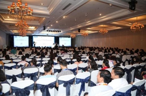 Friso chia sẻ 'khuynh hướng chẩn đoán và phòng ngừa sinh non' tại Hội nghị Sản phụ khoa Việt – Pháp lần thứ 19