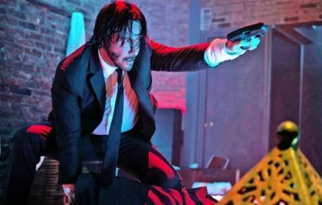 Xem Keanu Reeves bắn súng như sát thủ ngoài đời thực