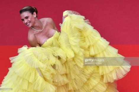Những sự cố 'muối mặt' trên thảm đỏ Cannes 2019