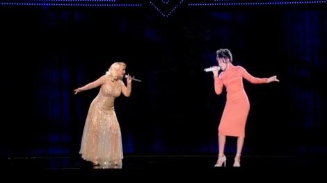 Cố danh ca Whitney Houston sẽ lưu diễn thế giới