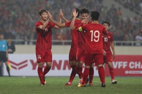 19g45 tối nay, Việt Nam đấu Thái Lan tại King's Cup để xác định 'ngôi vương'