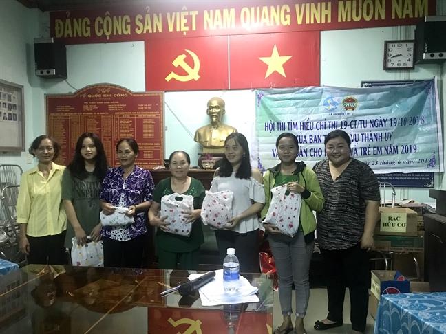 1.000 chai nhua doi lay 120 binh nuoc thuy tinh