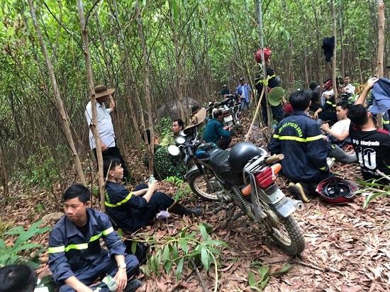 Quang Ngai: Dan dot thuc bi lam chay rung suot mot ngay dem