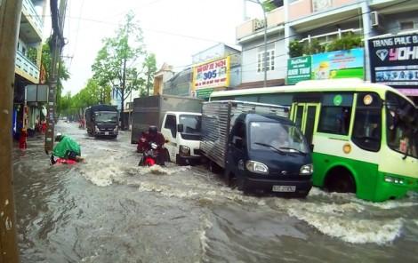 Từ cái lu chống ngập, nghĩ về quản trị  nước mưa