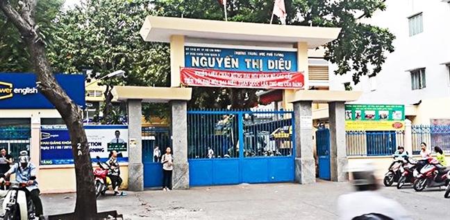 Truong THPT Nguyen Thi Dieu: Hieu truong bi khien trach, truong bi kien ra toa