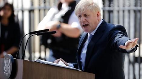 Boris Johnson làm gì trong ngày đầu tiên trở thành thủ tướng Anh?
