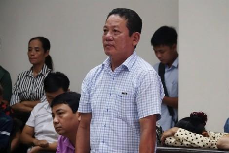 Xét xử sơ thẩm băng nhóm bảo kê tại chợ Long Biên: Hưng 'kính' một mực đổ tội cho đàn em