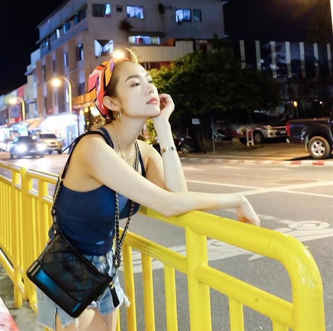 Minh Hang: Dai gia tuoi 32