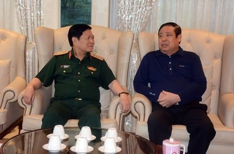 Đại tướng Ngô Xuân Lịch thăm Đại tướng Phùng Quang Thanh