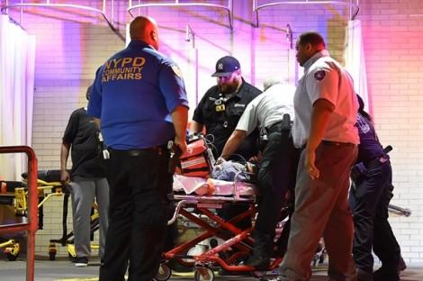Xả súng hàng loạt tại hội chợ ở New York, 1 người thiệt mạng, 11 người bị thương