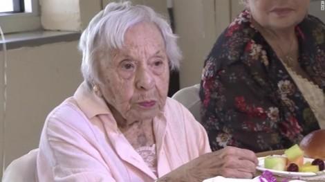 Bí quyết trường thọ của cụ bà 107 tuổi: 'sống độc thân'!