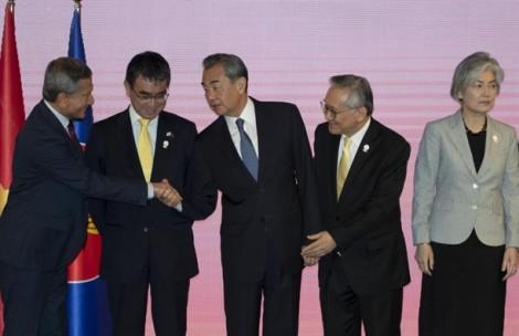 Hàn Quốc phản đối mạnh mẽ quyết định sách trắng kinh tế của Nhật Bản