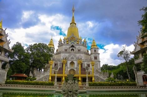 Khám phá ngôi chùa tại TP.HCM lọt top 10 chùa đẹp nhất thế giới