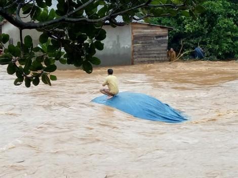 Nguy cơ vỡ đập thủy điện Đắk Kar do kẹt cửa van, đe dọa dân cư 3 tỉnh