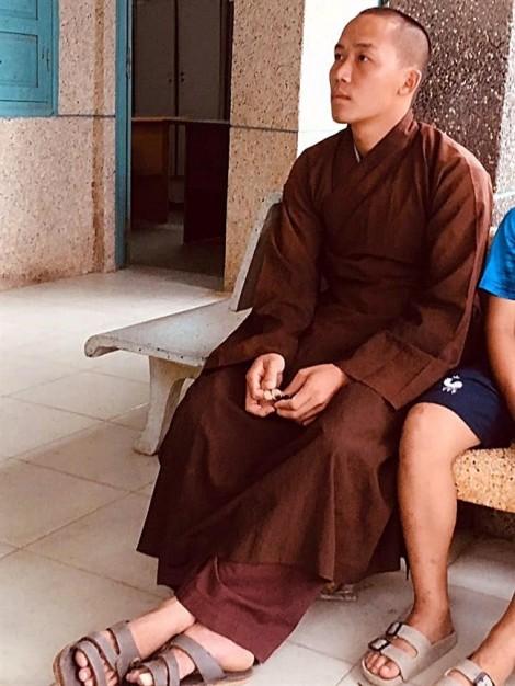 Khởi tố thầy tu tại gia bạo hành dã man bé trai 11 tuổi