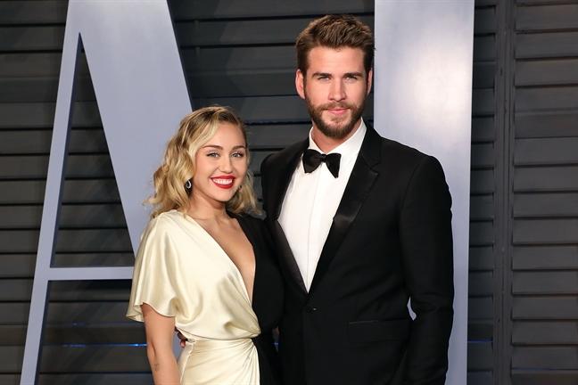 Chua day mot nam song chung, ca si Miley Cyrus ly hon