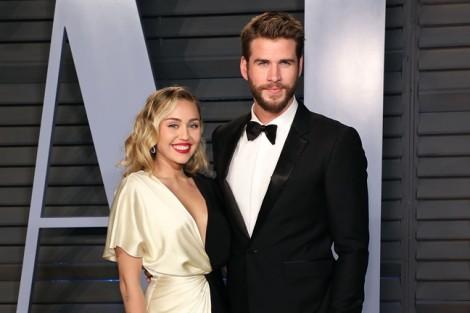 Chưa đầy một năm sống chung, ca sĩ Miley Cyrus ly hôn