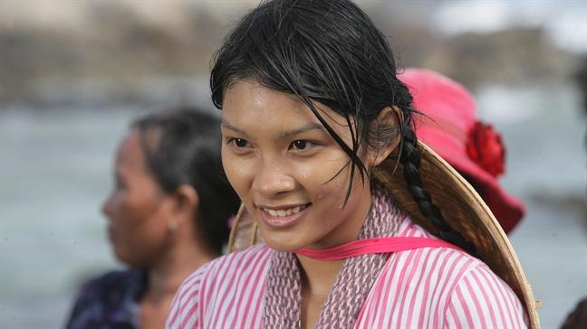 'Dao Khat': Gop them tieng noi chu quyen bien dao