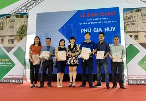 Dự án Phú Gia Huy chính thức bàn giao sổ đỏ cho khách hàng