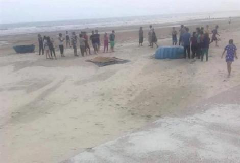 Tìm thấy thi thể 2 du khách mất tích khi tắm biển ở Bình Thuận