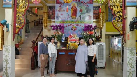 Thăm cơ sở tôn giáo, cầu bình an cho mọi người nhân dịp Lễ Vu Lan 2019