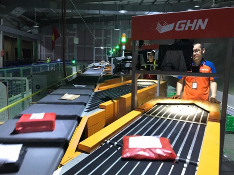 GHN khai trương 'Hệ thống phân loại hàng hoàn toàn tự động với năng suất 30.000 đơn hàng/ giờ'