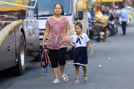 Nhiều trẻ ngáp vặt trong ngày đầu tựu trường