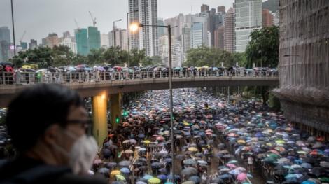 Twitter và Facebook 'đối phó với' tuyên truyền của Trung Quốc