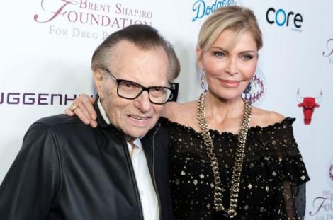 Larry King ly hôn lần thứ 8 ở tuổi 86