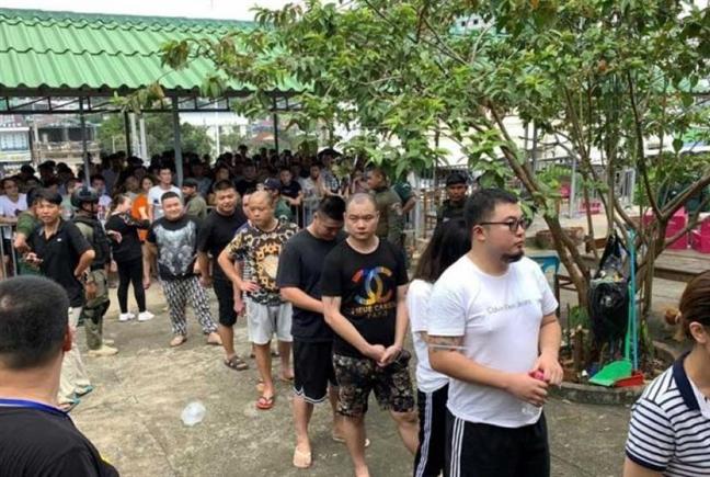 Campuchia truc xuat hon 100 nguoi Trung Quoc lua dao