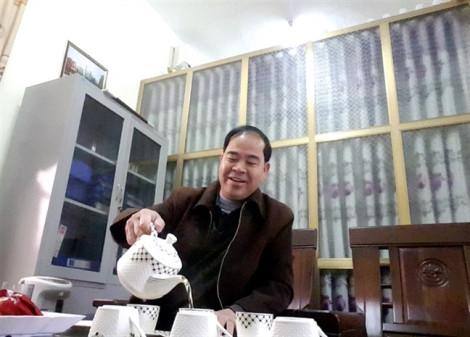 Vụ dâm ô 7 nam sinh ở Phú Thọ: bắt giam hiệu trưởng Đinh Bằng My