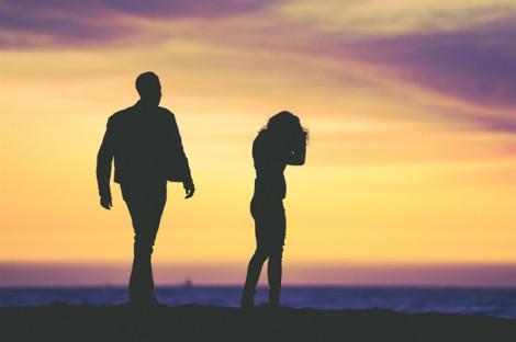Quyết ly hôn dù đang mang bầu