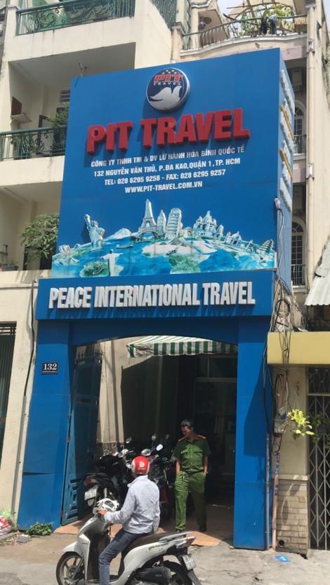 Giám đốc và kế toán trưởng công ty du lịch bị bắt vì có liên quan đến ông Lê Tấn Hùng