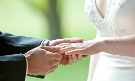 Vì đâu tình yêu trong hôn nhân chết yểu?