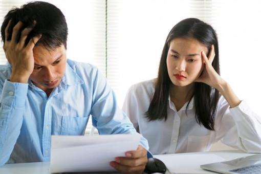 Vợ vay tiền, chồng không hề biết, bỗng dưng bị đòi nợ