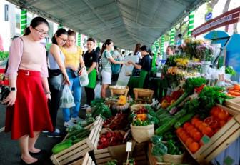 Gần 10.000 người hưởng ứng sống xanh tại Phú Mỹ Hưng