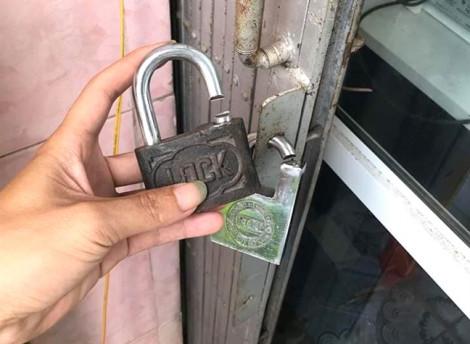 Trộm đột nhập lấy hàng chục điện thoại, khiêng luôn cả két sắt của gia chủ