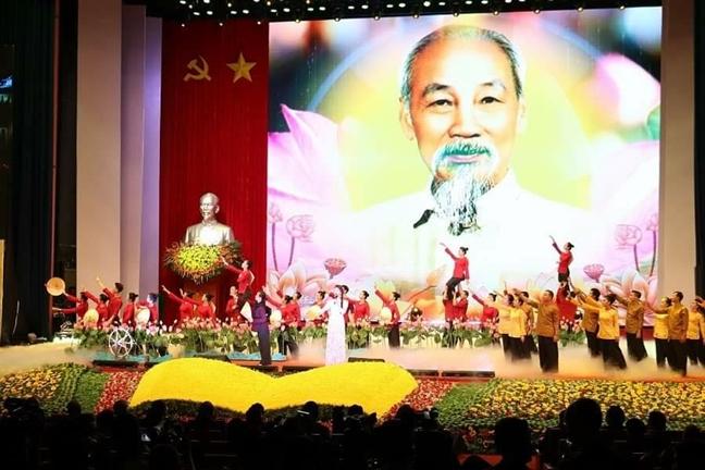 Di chuc cua Chu tich Ho Chi Minh mai la ngon co quy tu suc manh toan dan toc