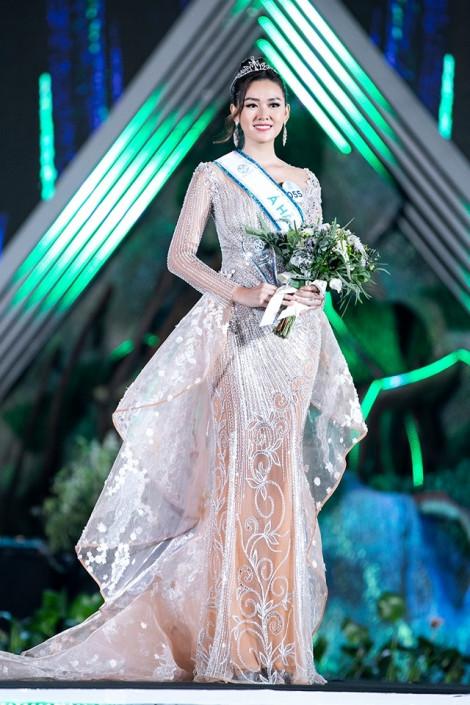 Đổi đại diện Việt Nam dự thi 'Hoa hậu Quốc tế' để đáp ứng mong muốn của công chúng