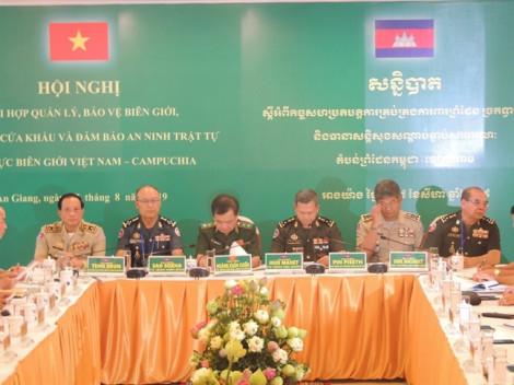 6 tháng, bắt giữ hơn 67.000 viên, 15kg ma túy qua biên giới Việt Nam - Campuchia